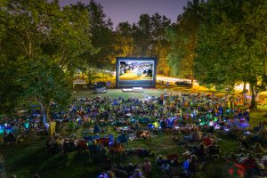 "2nd Annual Greater Corvallis Rotary Movie Night delights more than 1800 to ""The Wizard of Oz"" under the stars"
